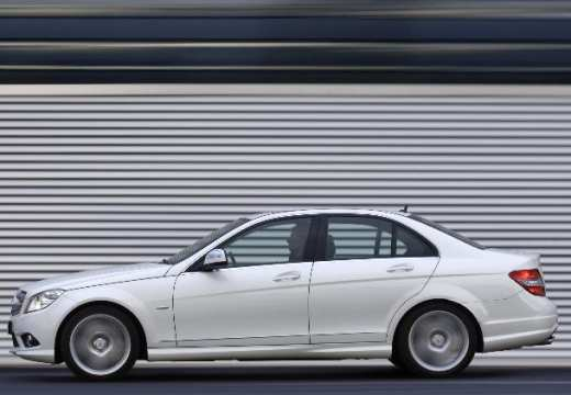 MERCEDES-BENZ Klasa C W 204 I sedan biały boczny lewy
