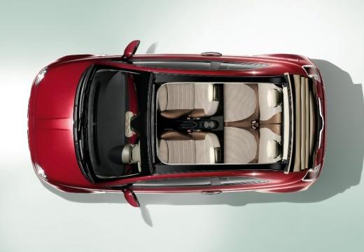 FIAT 500 kabriolet czerwony jasny górny przedni