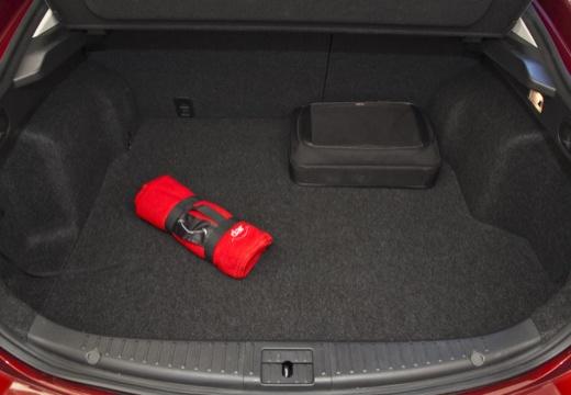 MAZDA 6 IV hatchback przestrzeń załadunkowa