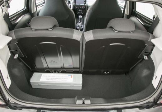 CITROEN C1 IV hatchback czarny przestrzeń załadunkowa