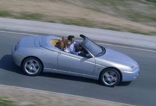 ALFA ROMEO Spider kabriolet silver grey boczny prawy