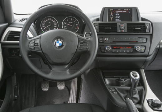 bmw 116d hatchback f20 i 2 0 116km 2011. Black Bedroom Furniture Sets. Home Design Ideas