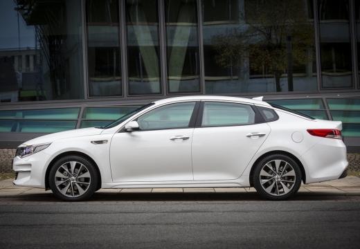 KIA Optima sedan biały boczny lewy
