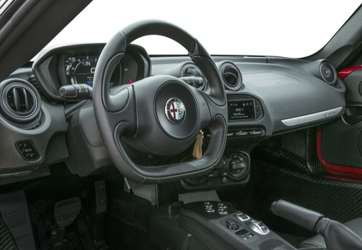 ALFA ROMEO 4C coupe tablica rozdzielcza