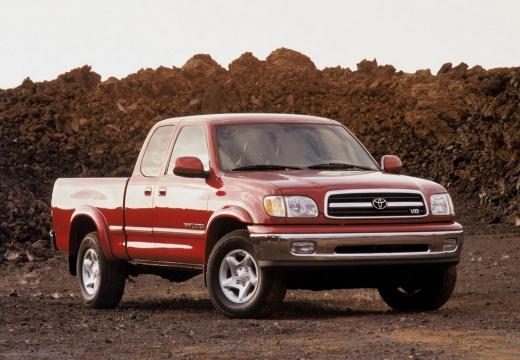 Toyota Tundra I pickup czerwony jasny przedni prawy