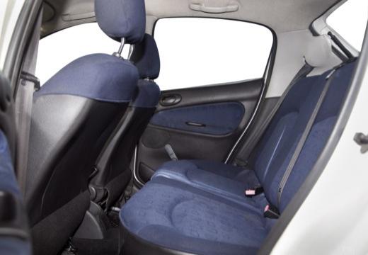 PEUGEOT 206 I hatchback wnętrze