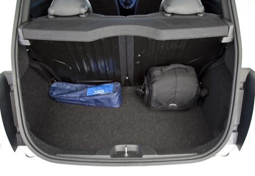 FIAT 500 I hatchback przestrzeń załadunkowa
