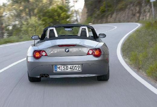 BMW Z4 roadster szary ciemny tylny