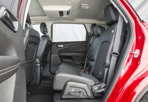 FIAT Freemont I van czerwony jasny wnętrze