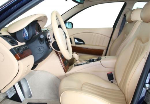 MASERATI Quattroporte II sedan niebieski jasny wnętrze