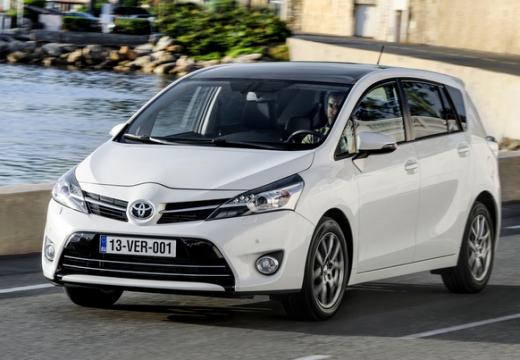 Toyota Verso 1.8 Premium 7os MS Kombi mpv II 147KM (benzyna)
