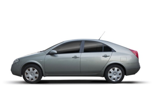 NISSAN Primera V hatchback boczny lewy
