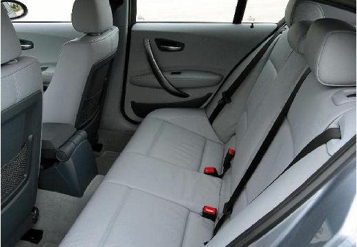 BMW Seria 1 hatchback wnętrze
