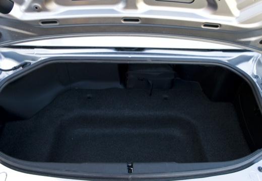 MAZDA MX-5 V roadster szary ciemny przestrzeń załadunkowa