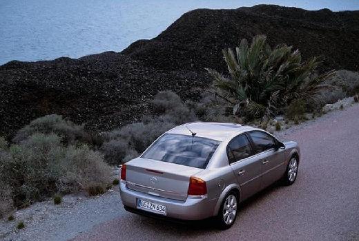 OPEL Vectra C I sedan silver grey tylny prawy