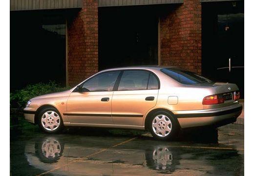 Toyota Carina E sedan tylny lewy