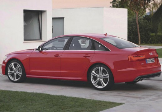 AUDI A6 C7 I sedan czerwony jasny tylny lewy