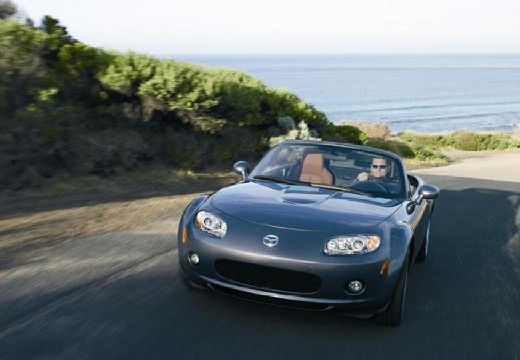 MAZDA MX-5 1.8 Emotion Roadster IV 126KM (benzyna)