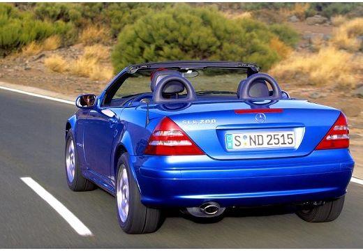 MERCEDES-BENZ Klasa SLK SLK R 170 kabriolet niebieski jasny tylny lewy
