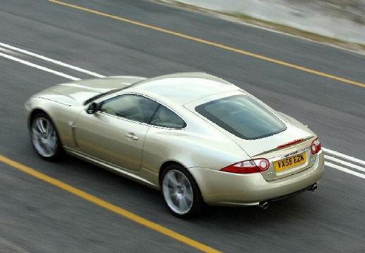 JAGUAR XK II coupe beige tylny lewy