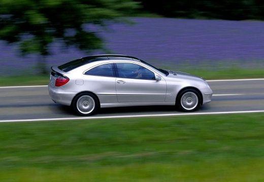 MERCEDES-BENZ Klasa C coupe silver grey boczny prawy
