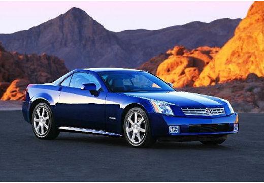 CADILLAC XLR roadster niebieski jasny przedni prawy