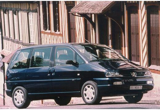 PEUGEOT 806 van czarny przedni prawy