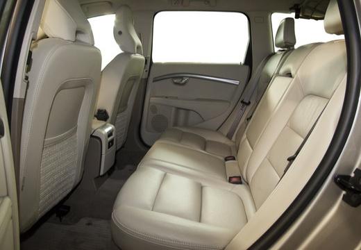 VOLVO XC70 II kombi silver grey wnętrze