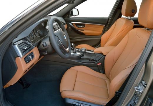 BMW Seria 3 Touring F31 I kombi brązowy wnętrze