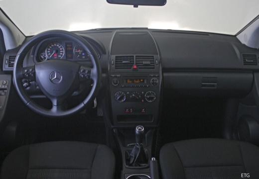 MERCEDES-BENZ Klasa A W 169 II hatchback tablica rozdzielcza