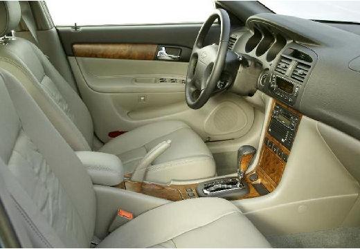CHEVROLET Evanda I sedan wnętrze