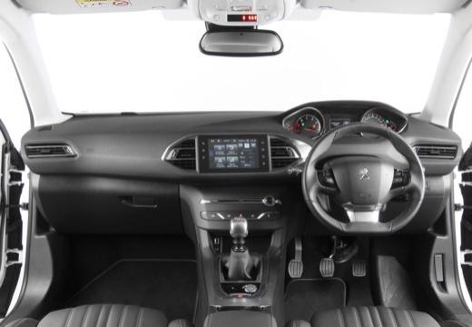 PEUGEOT 308 III hatchback tablica rozdzielcza