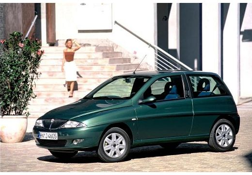 LANCIA Y hatchback zielony przedni lewy