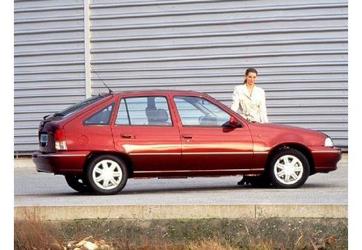 DAEWOO / FSO Nexia hatchback bordeaux (czerwony ciemny) boczny prawy
