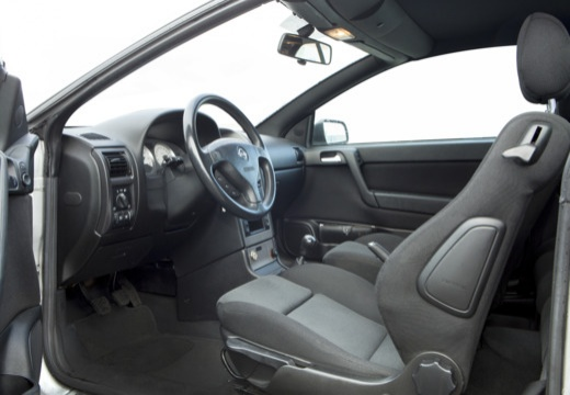 OPEL Astra II Cabriolet kabriolet wnętrze