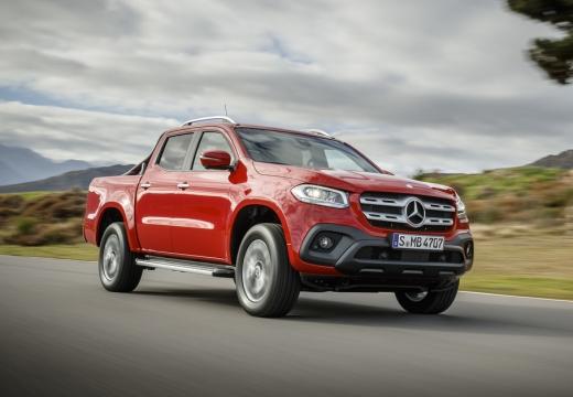 MERCEDES-BENZ Klasa X X Klasa pickup czerwony jasny przedni prawy