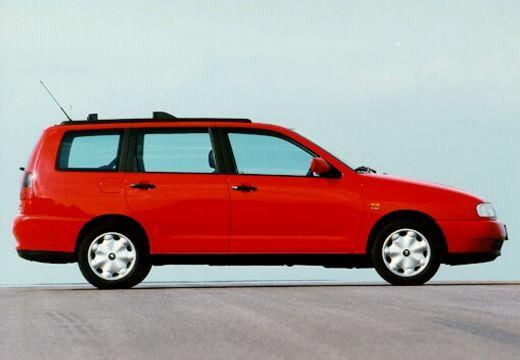 SEAT Cordoba kombi czerwony jasny boczny prawy
