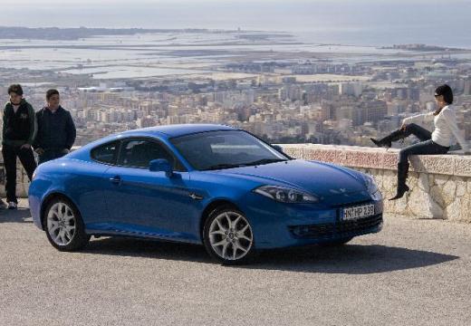 HYUNDAI coupe niebieski jasny przedni prawy