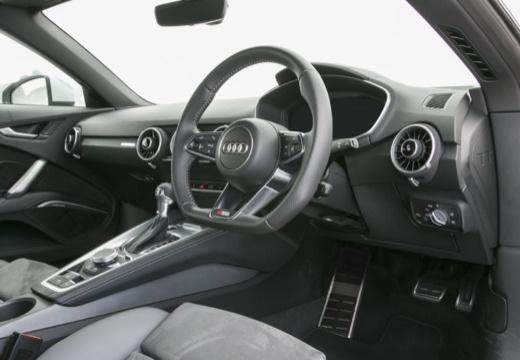 AUDI TT roadster tablica rozdzielcza