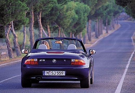 BMW Z3 roadster czarny tylny