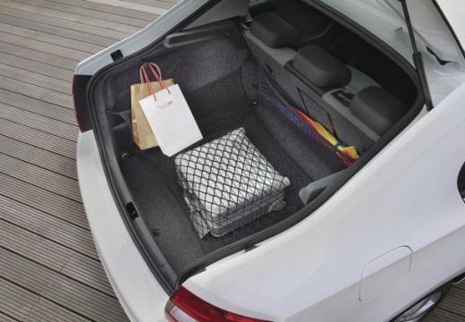 SKODA Rapid hatchback przestrzeń załadunkowa