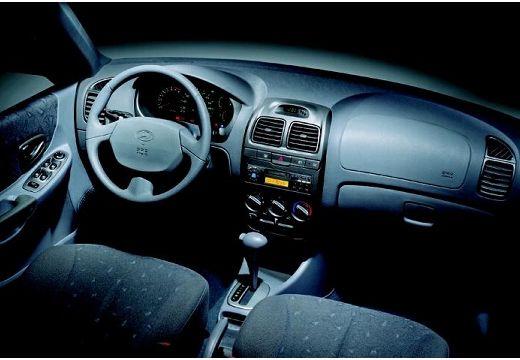 HYUNDAI Accent II hatchback tablica rozdzielcza