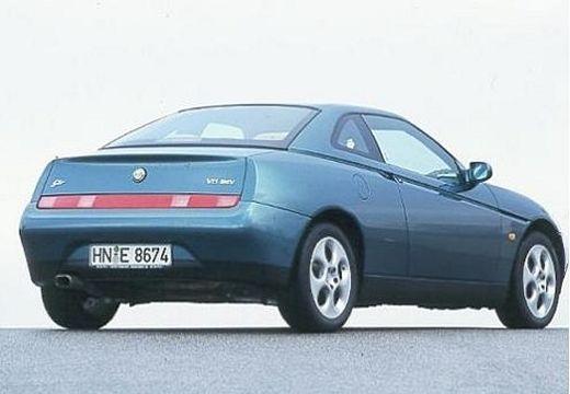 ALFA ROMEO GTV coupe niebieski jasny tylny prawy