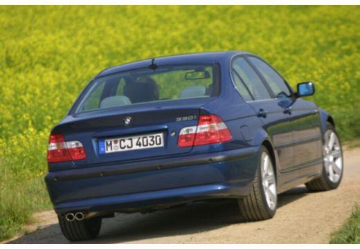 BMW Seria 3 E46/4 sedan niebieski jasny tylny prawy