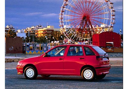 SEAT Ibiza II hatchback czerwony jasny boczny lewy