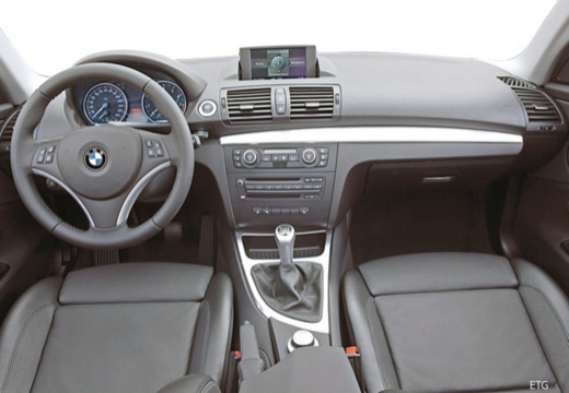bmw 120i hatchback e87 i 2 0 150km 2004. Black Bedroom Furniture Sets. Home Design Ideas