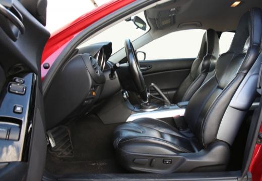 MAZDA RX-8 coupe wnętrze