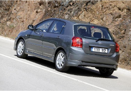 Toyota Corolla 1.4 D-4D Terra Polaris MM Hatchback VII 90KM (diesel)