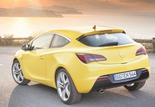 OPEL Astra IV GTC I hatchback żółty tylny lewy