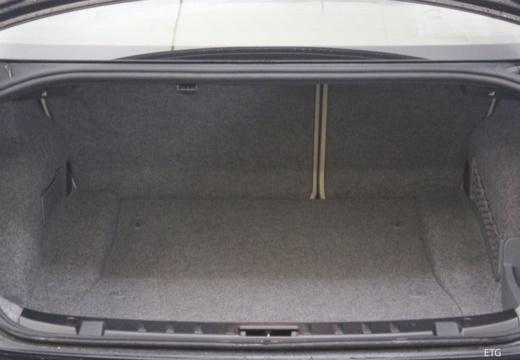 BMW Seria 3 E92 I coupe przestrzeń załadunkowa